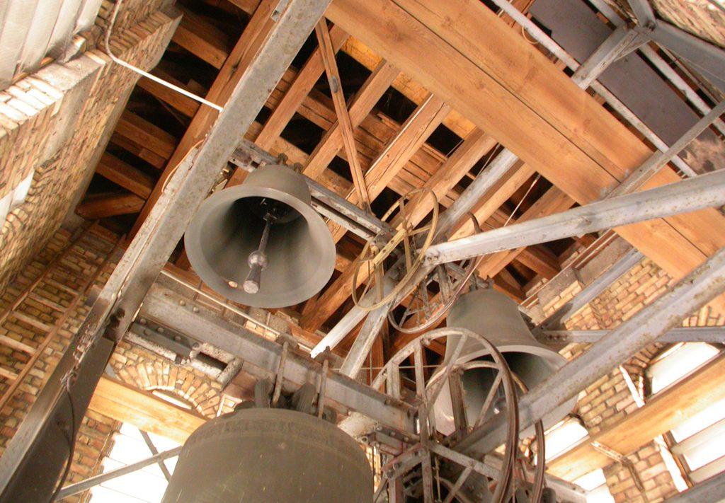Glockenstuhl 01